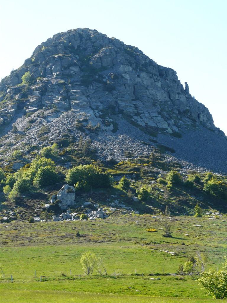 Randonnées sommets des montagnes d'Ardèche 1