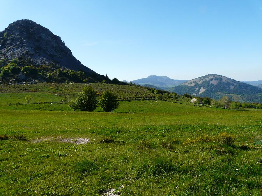 Randonnées sommets des montagnes d'Ardèche 7