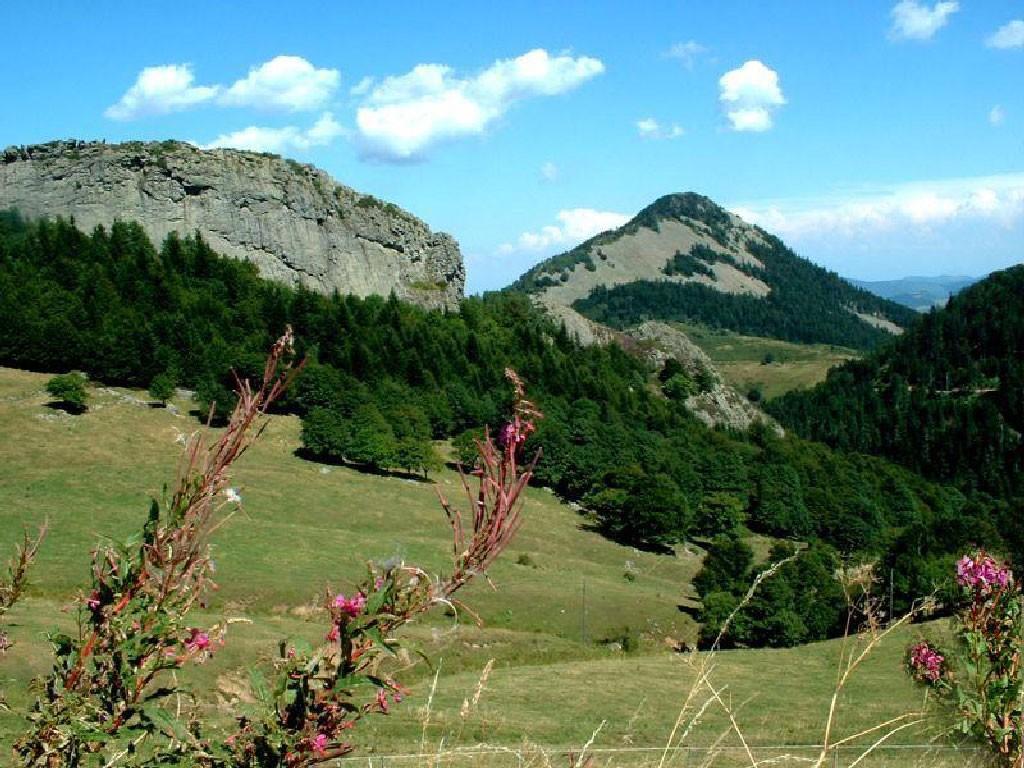 Randonnées sommets des montagnes d'Ardèche 8
